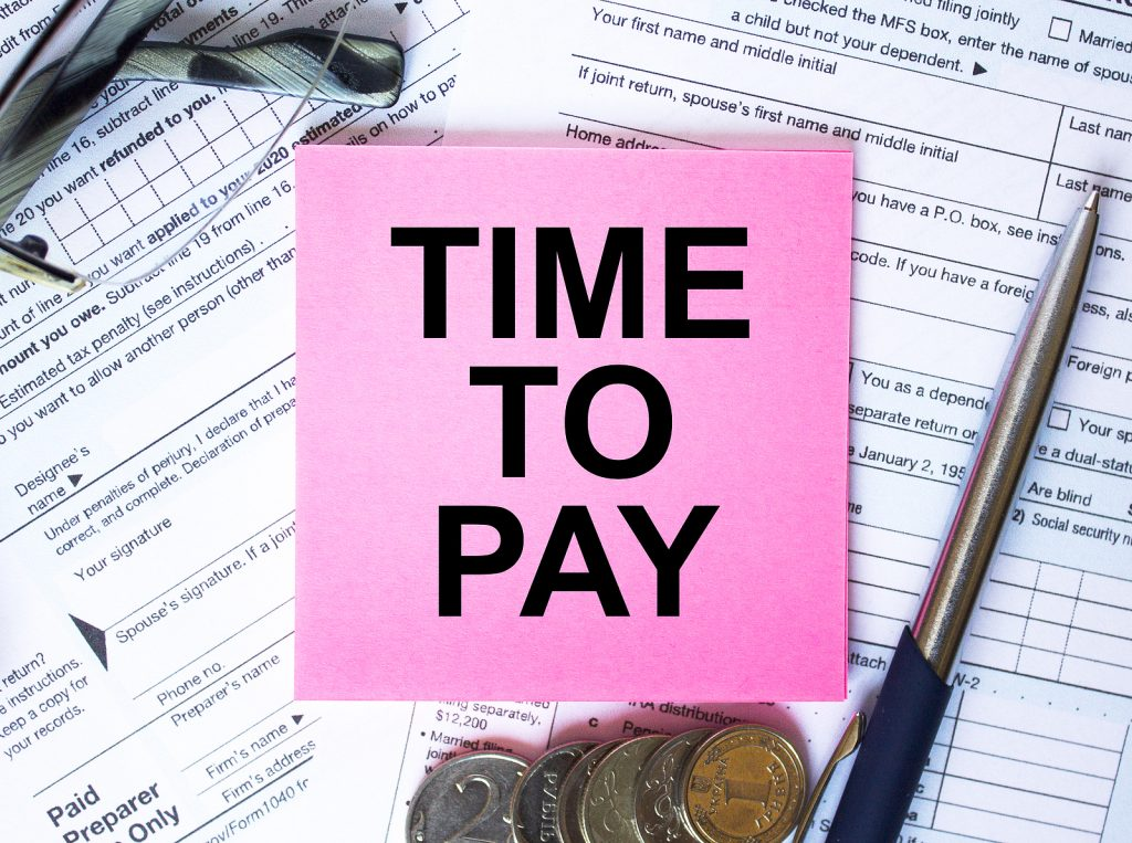 Paying Late US Expat Taxes as an American Abroad