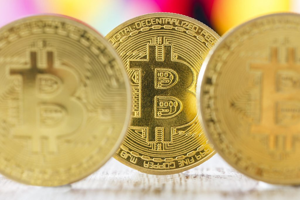 do i pay taxes on cryptocurrencies as an expat